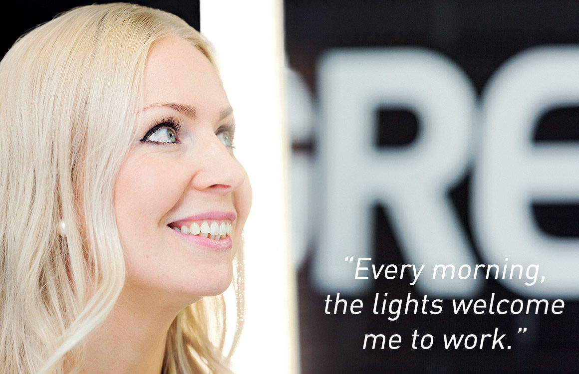 In this quote, an office worker at greenled HQ tells how it feels to have smart lighting welcome her to work